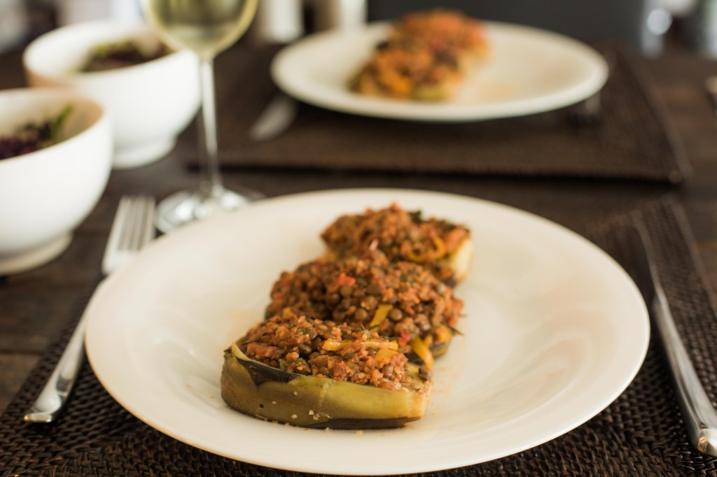 quinoa stuffed eggplant (vegan version of karnıyarık)